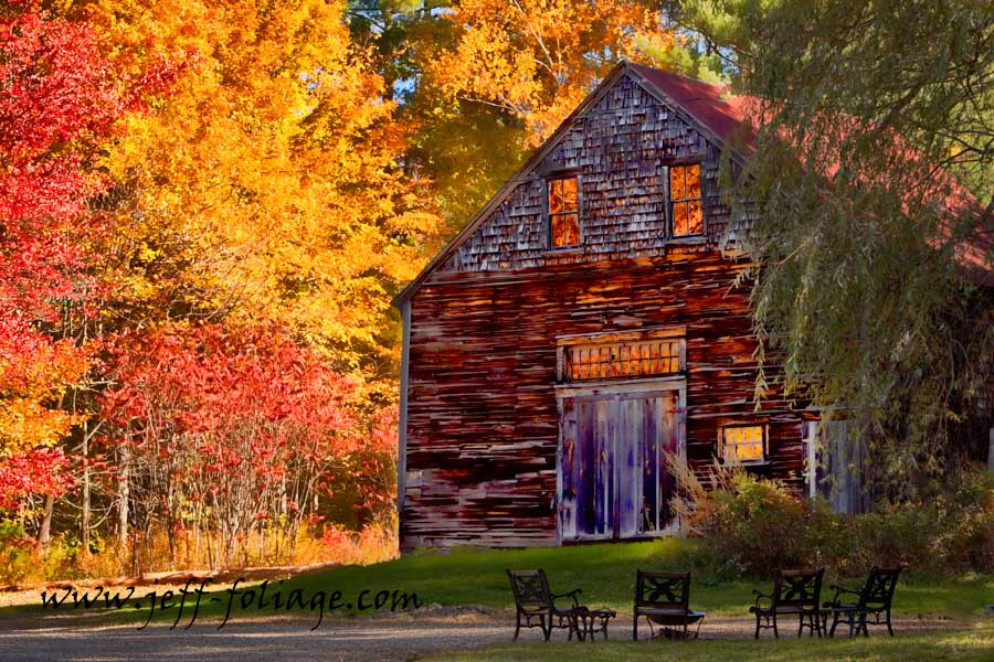 Peak New England fall foliage photography