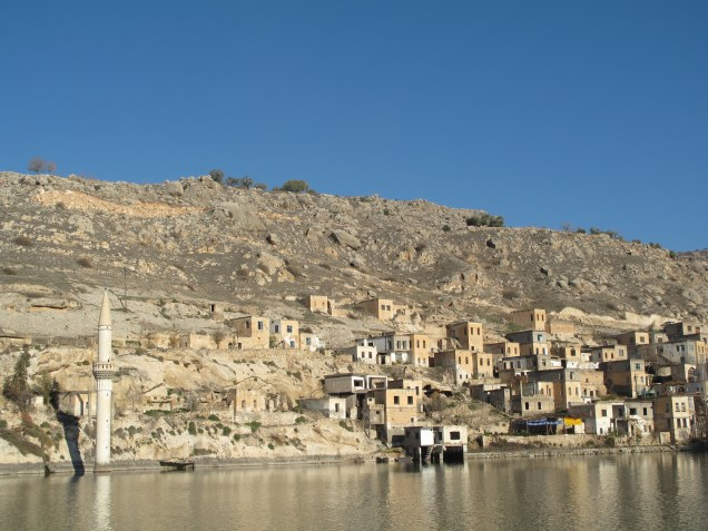 Small town on the side of the Euphrates. Their mosque was flooded when the damn was build.