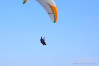 chris-paragliding_5000593310_o