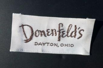 Donenfelds-Dayton-Store-ClothLabel-Whiteback-front