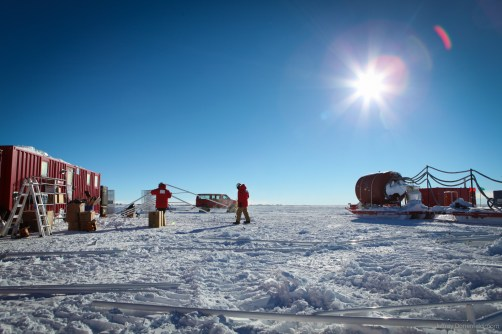 Beginning to setup the shop tent. The sun in Antarctica is intens, as is the cold and wind. All skin must be covered.