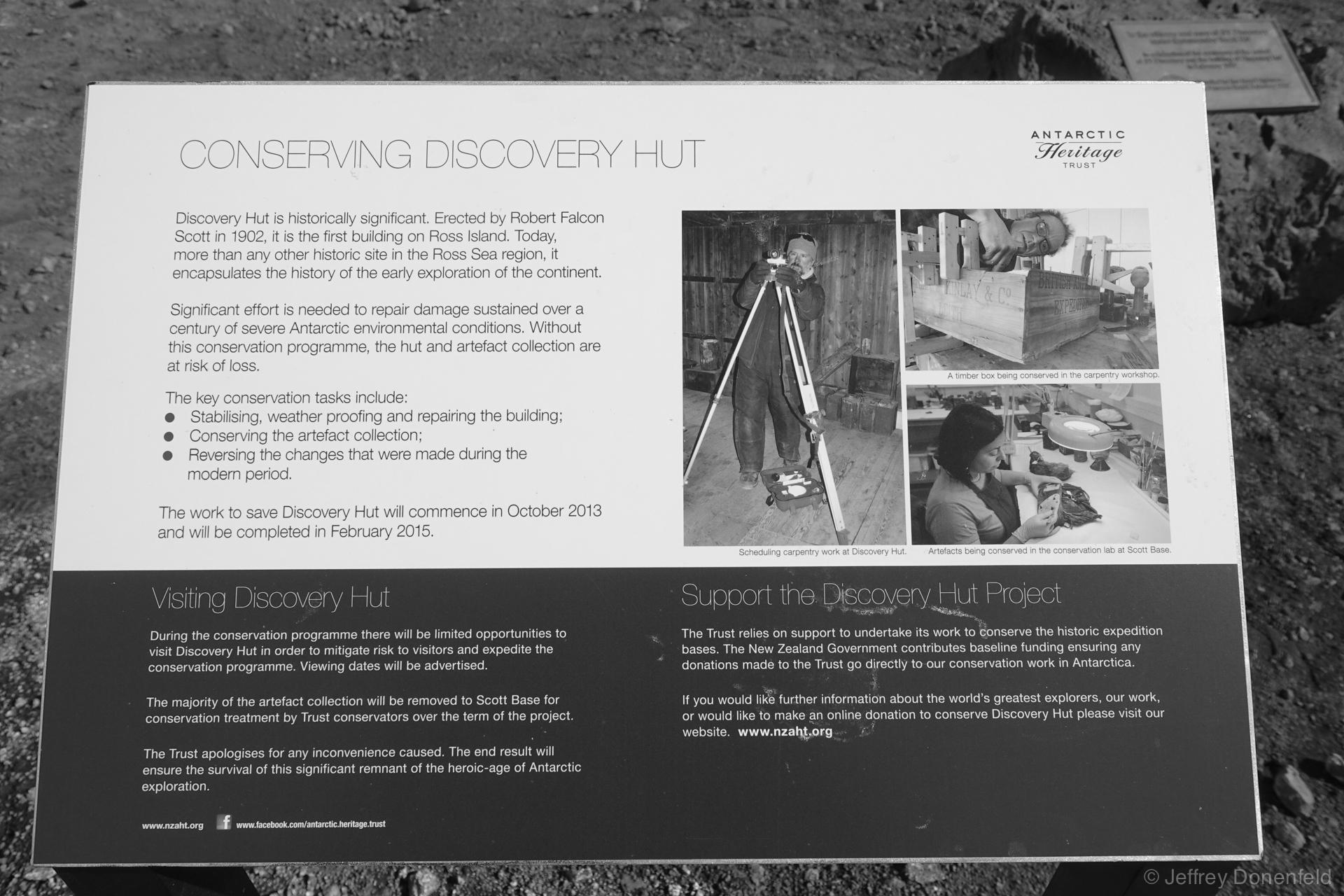 DSC00984-2014-12-12 Discovery Hut-Donenfeld-1920-WM