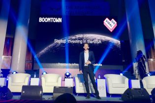 Jeffrey Donenfeld's Keynote Speech at GoViral Almat Kazakhstan 6