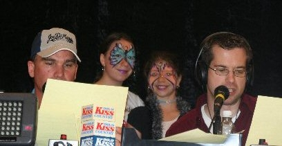 """2 little cuties from Joe DiMaggio Children's Hospital at the """"Kiss Cares For Kids Radiothon '07"""""""