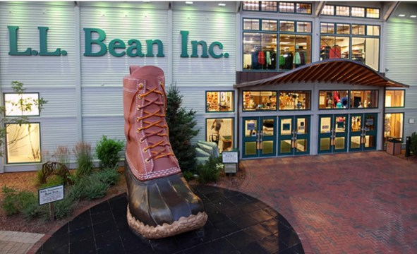 Photo of L.L. Bean flagship store. ©2017. L.L. Bean, Inc.