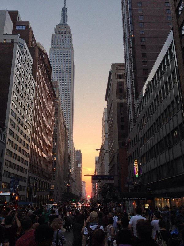 "Yes, ""Manhattanhenge"" is pretty, but watch for flying bongs."