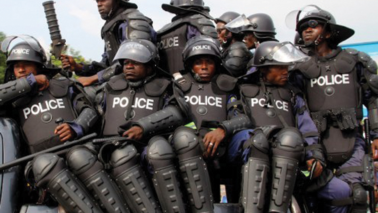 16 Year Old Allegedly Shot By Policeman in Lagos, Dies at Hospital.