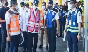 Menhub Minta PT KAI Lakukan Tes Acak di Stasiun Utama KRL
