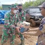 Peduli Dampak Pandemi Covid-19, Satgas TMMD ke-111 Kodim 0212/TS Beri Bantuan Sembako