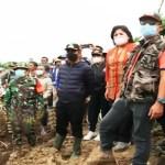Bupati Karo Tinjau Bencana Tanah Longsor di Desa Lau Bawang