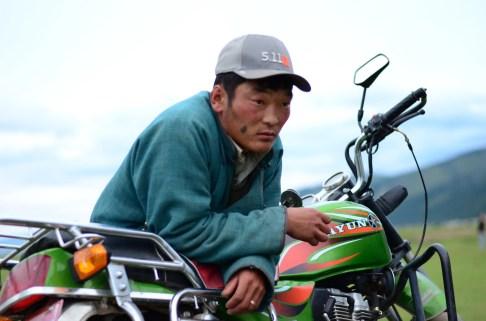 Regard de Bor sur la steppe de Mongolie