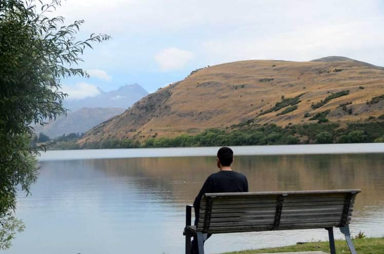 Regard sur le Lake Hayes, Nouvelle Zélande
