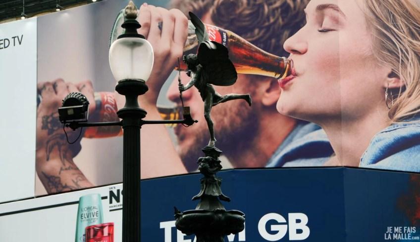 Célèbres affiches de Piccadilly Circus, Londres