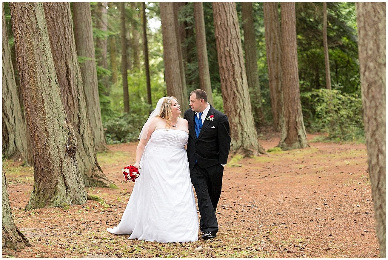 Hux_KitsapMemorialPark_Wedding_0013