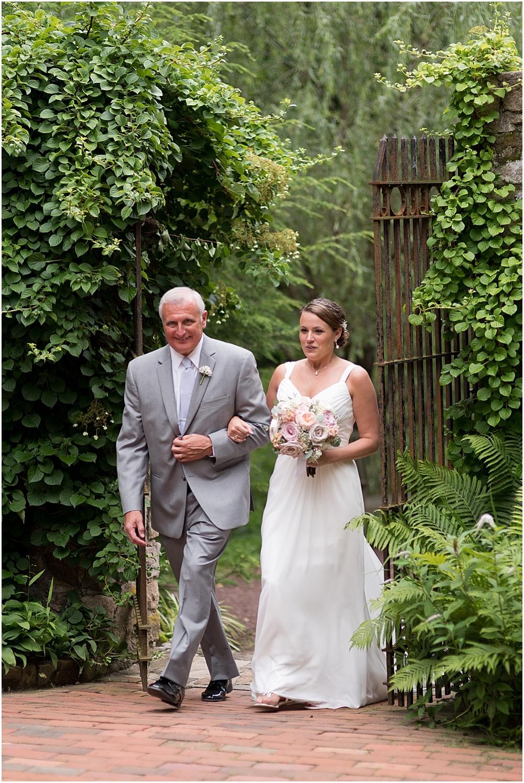 Hollyhedge_Estate_Pennsylvania_Wedding_Photographer_0095