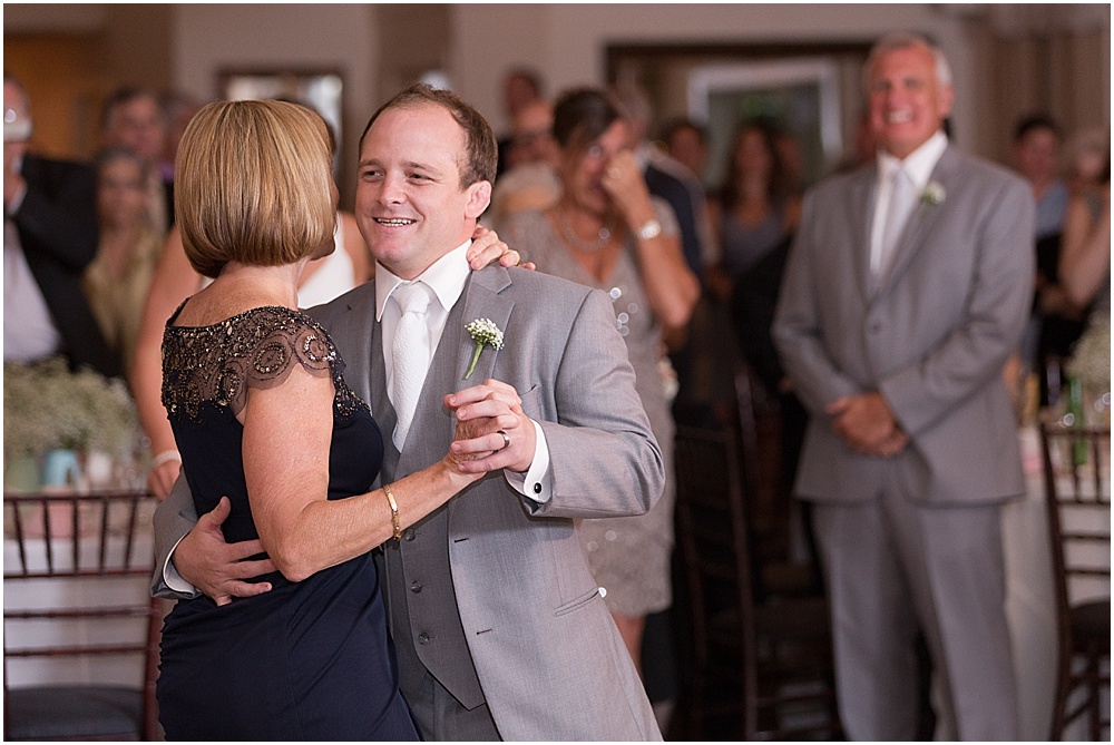 Hollyhedge_Estate_Pennsylvania_Wedding_Photographer_0141