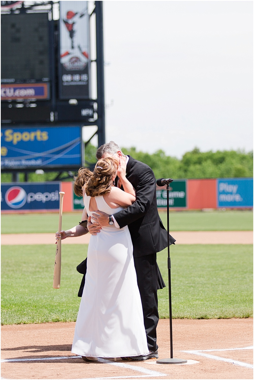Ripken_Stadium_Wedding_Baltimore_Wedding_Photographer_0050