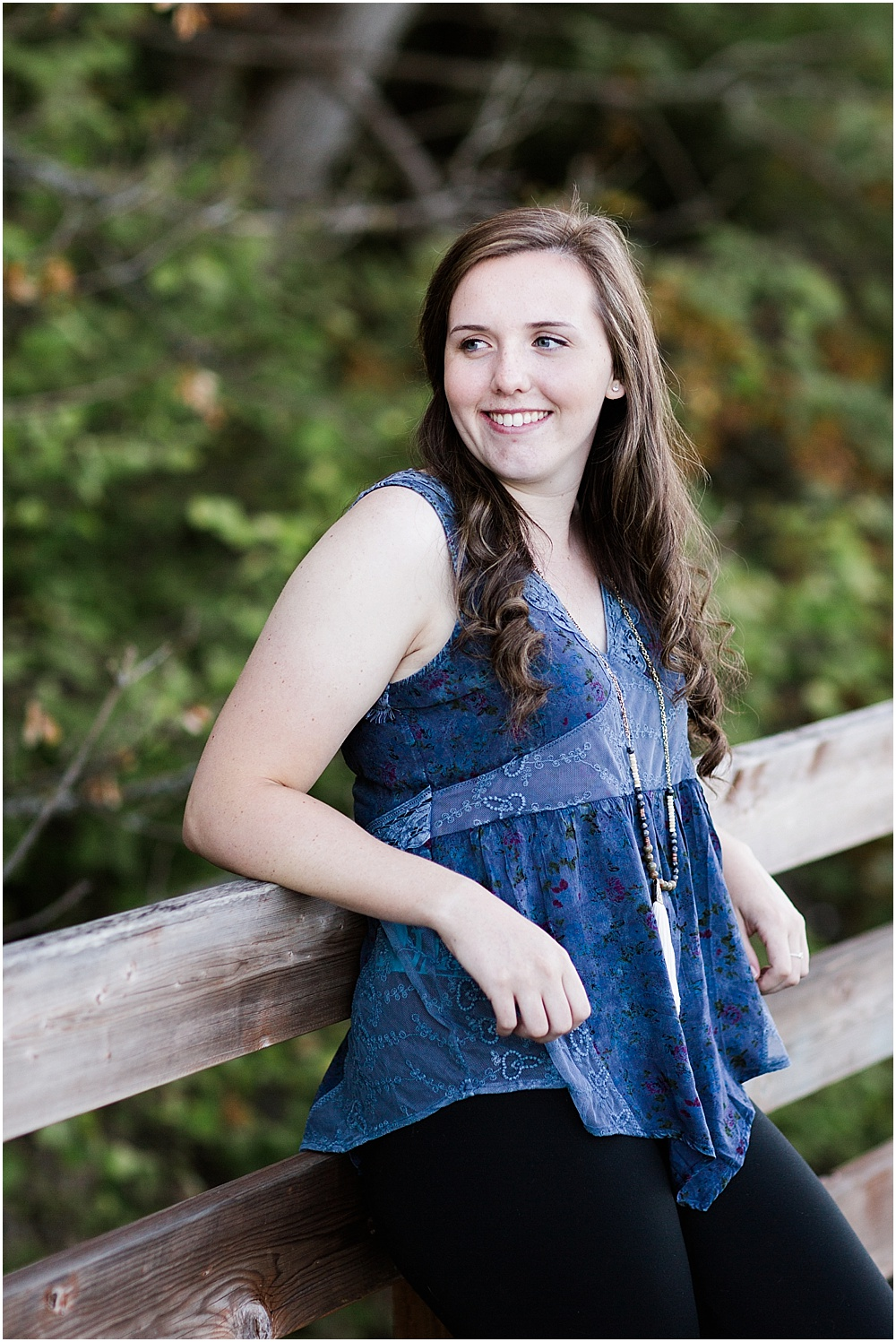 jessica_senior_portraits_downtown_poulsbo_pacific_northwest_photographer_0009