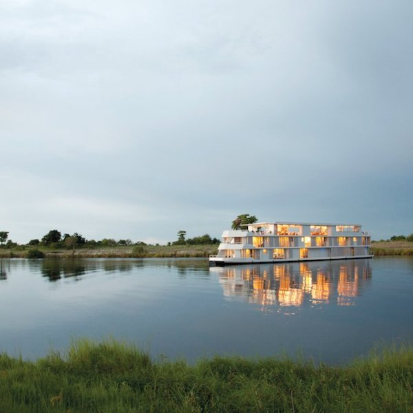 Zambezi Queen and Hwange Package 4