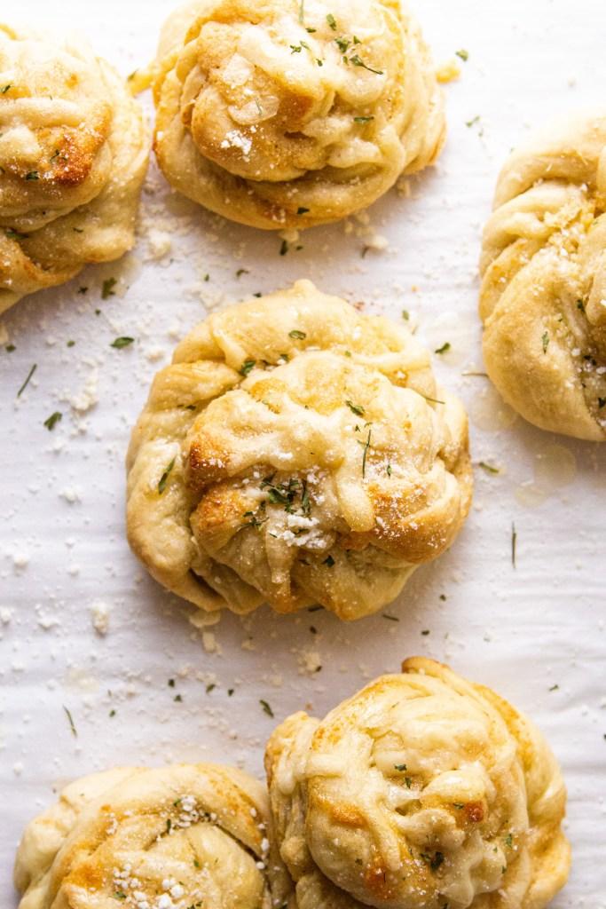 parmesan garlic knots