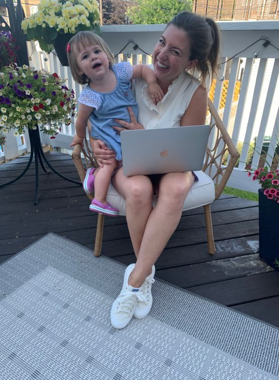 should i quit my job-grow a blog-toddler lesson plans