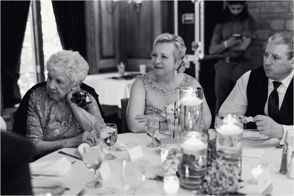 downtown-detroit-classic-elegant-wedding-photo-159.jpg