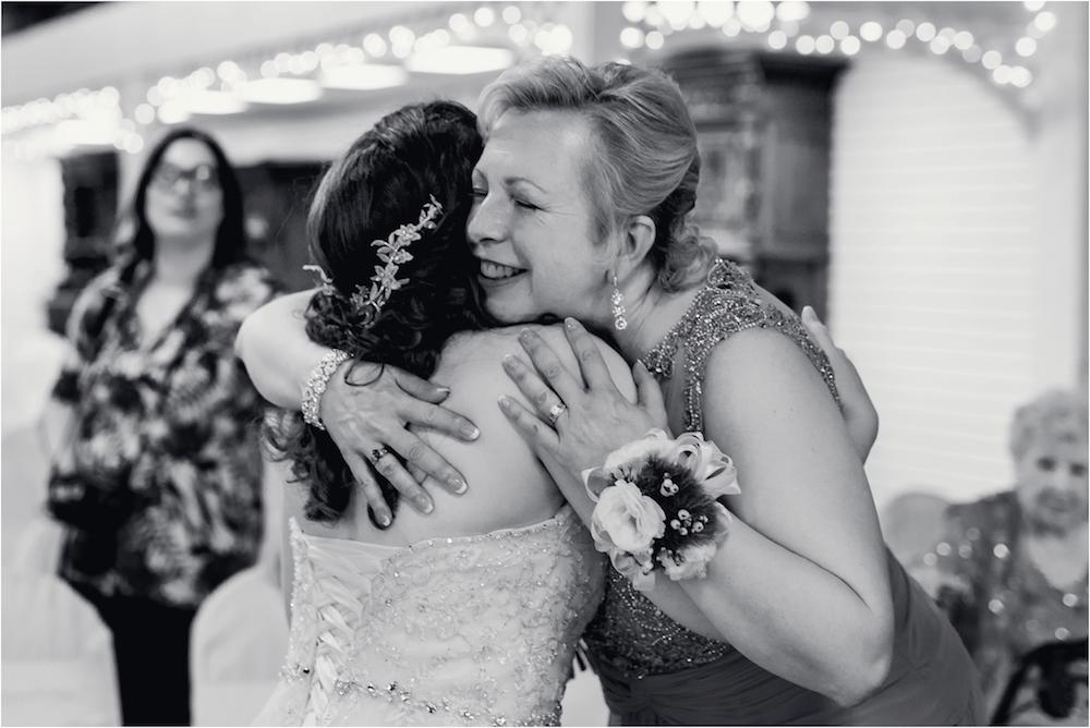 downtown-detroit-classic-elegant-wedding-photo-53.jpg