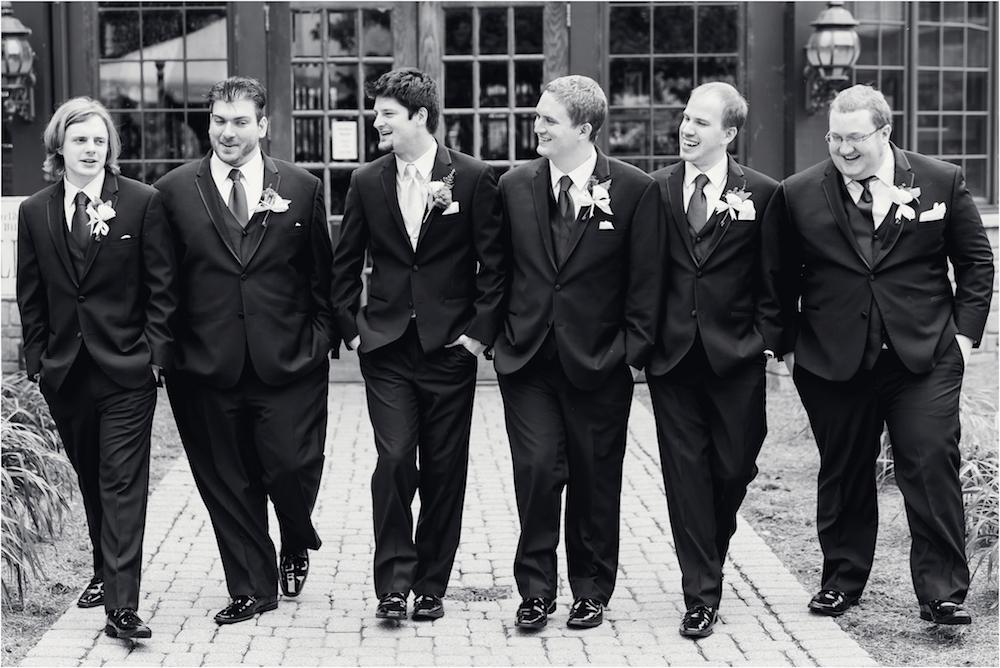 downtown-detroit-classic-elegant-wedding-photo-67.jpg