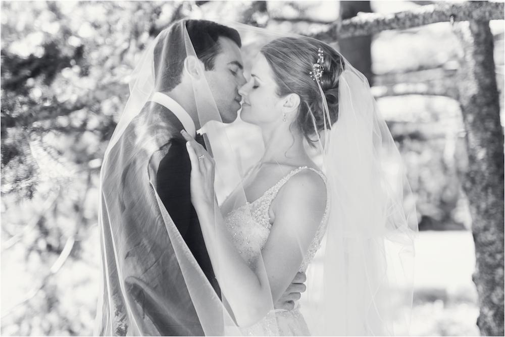 classic-planterra-detroit-michigan-wedding-photo-113.jpg