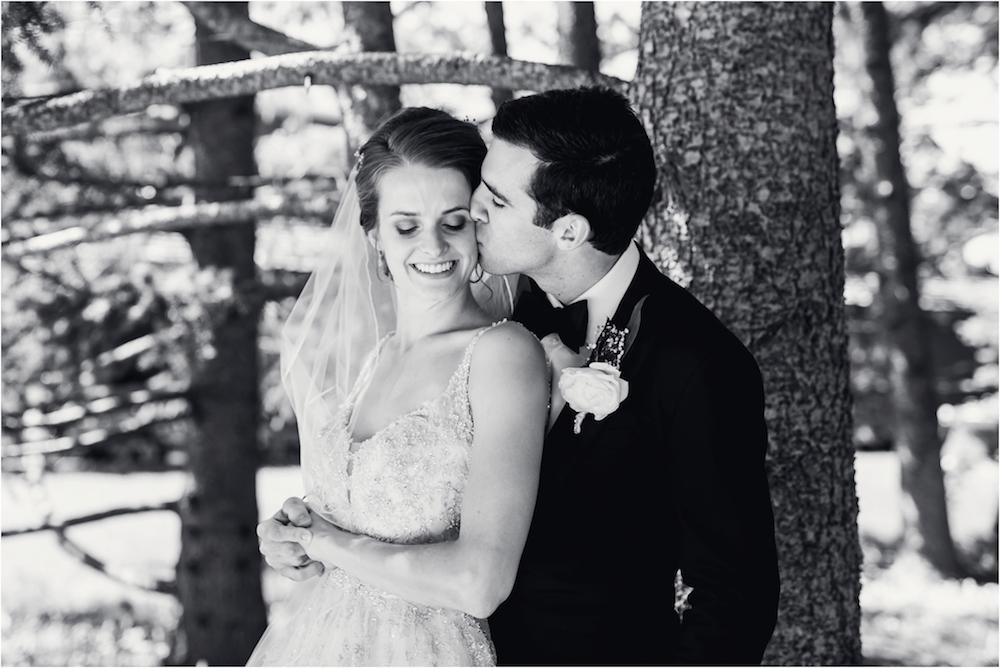 classic-planterra-detroit-michigan-wedding-photo-147.jpg