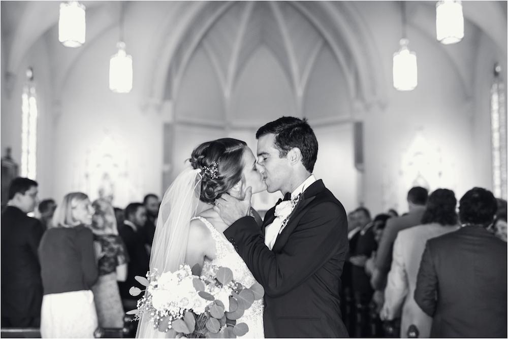 classic-planterra-detroit-michigan-wedding-photo-78.jpg