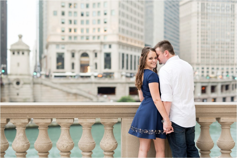 chicago-ilinois-michigna-ave-city-downtown-engagement-photo-24.jpg