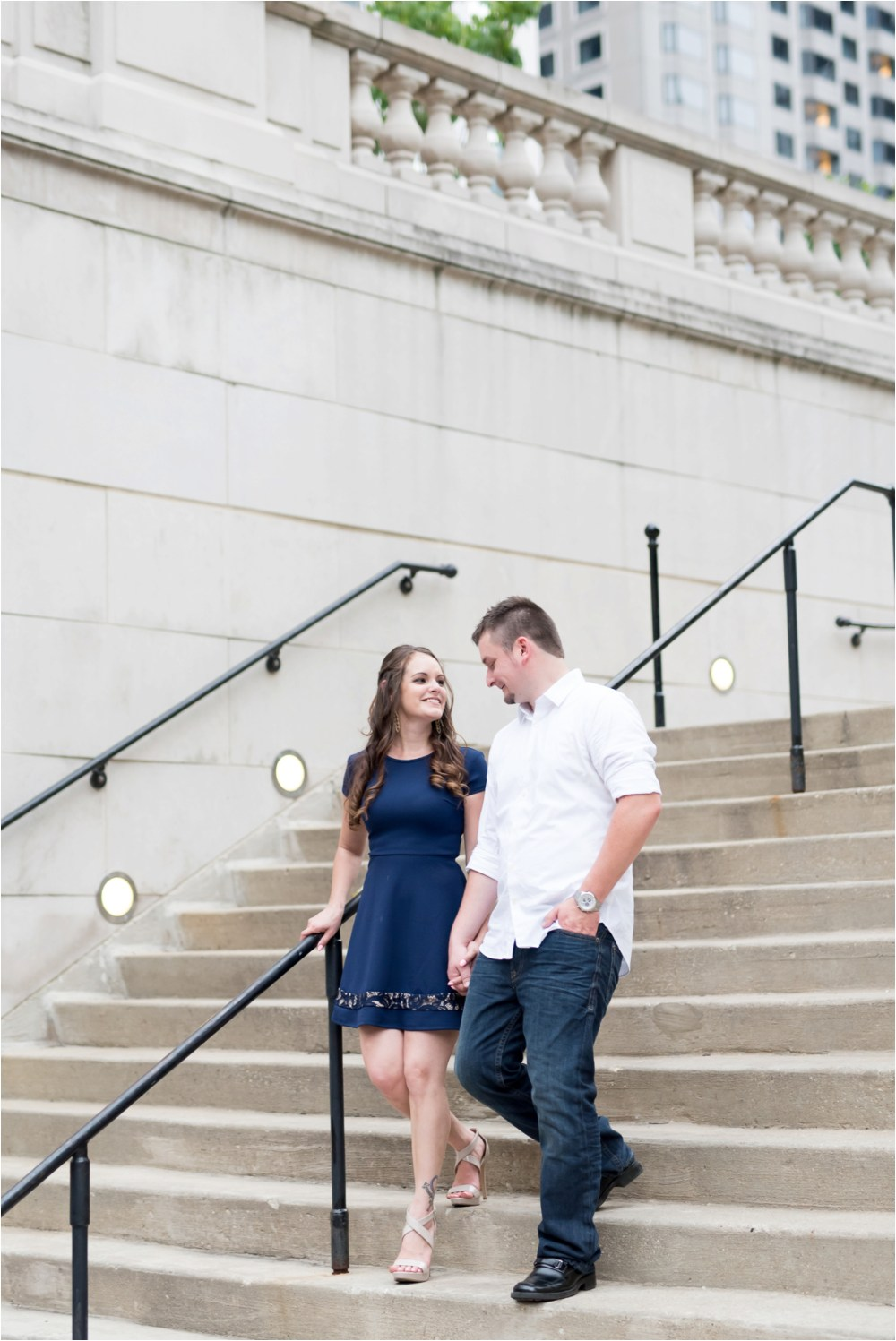 chicago-ilinois-michigna-ave-city-downtown-engagement-photo-44.jpg
