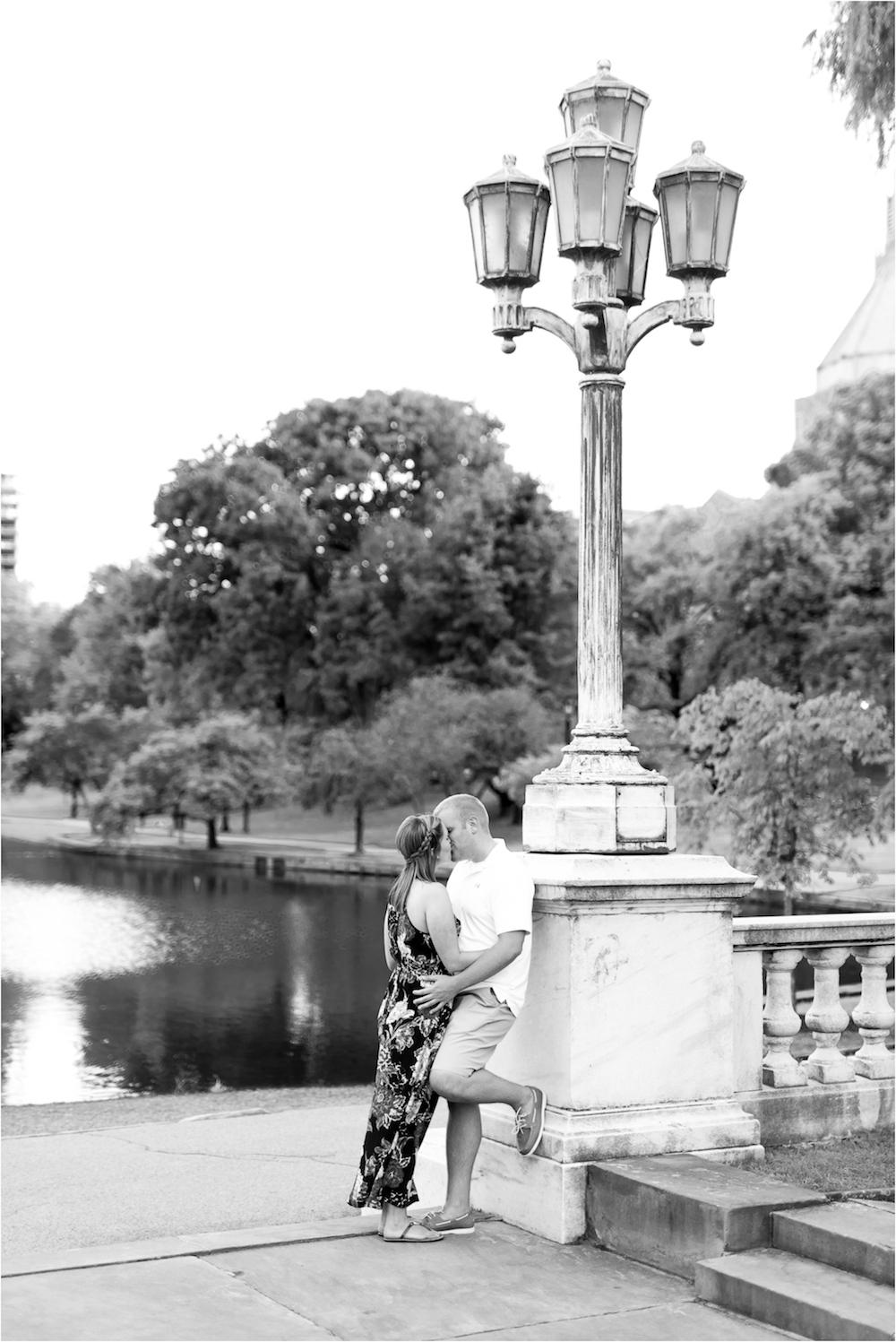 cleveland-museum-of-art-wedding-engagement-photo-110.jpg