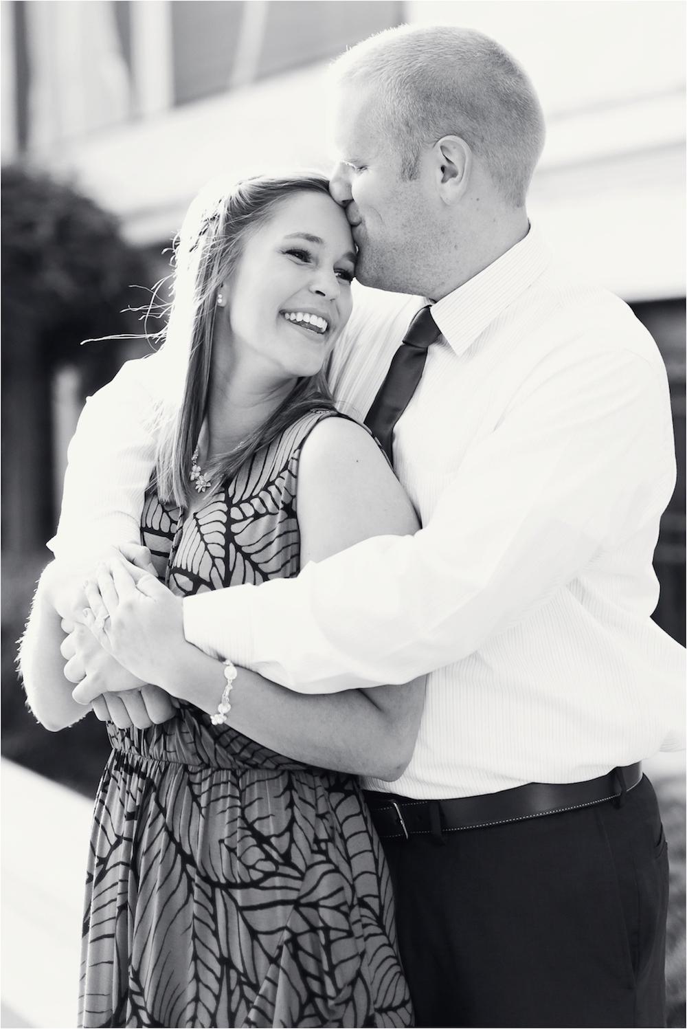 cleveland-museum-of-art-wedding-engagement-photo-21.jpg
