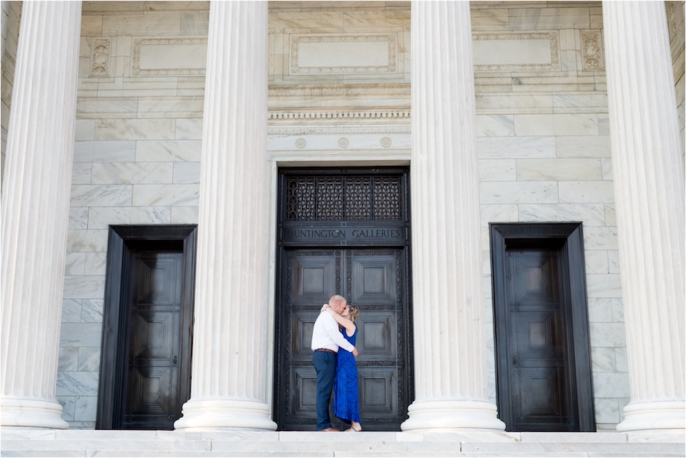 cleveland-museum-of-art-wedding-engagement-photo-25.jpg