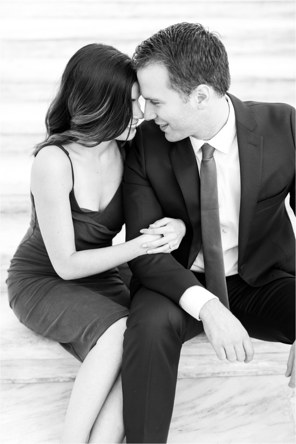 detroit-institute-of-arts-marble-elegant-gold-wedding-engagement-photo-22.jpg