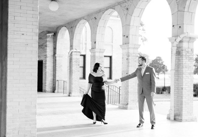 Classic & Stylish Belle Isle Engagement Photos | Taylor & Chad