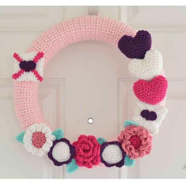 Happy Valentines Crochet Wreath
