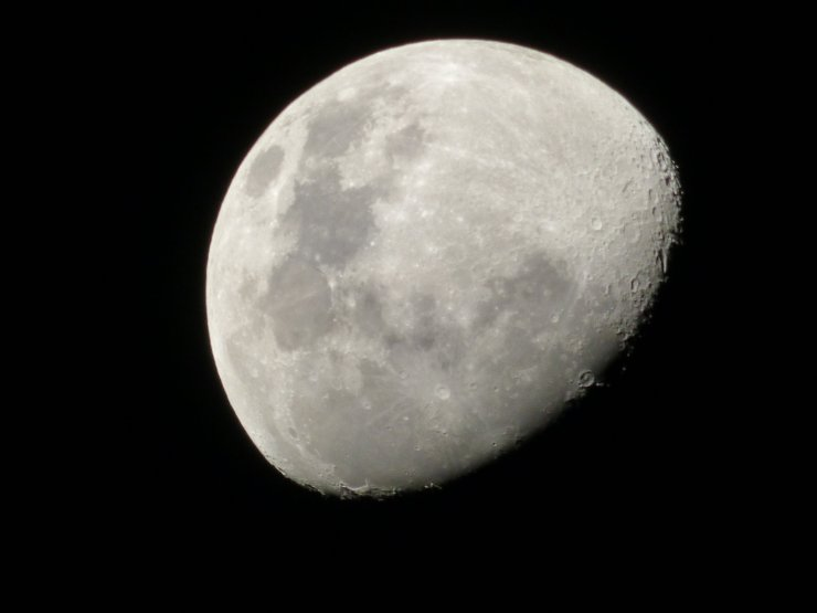 macro moon night ©www.jenniferramirezbaulch.com