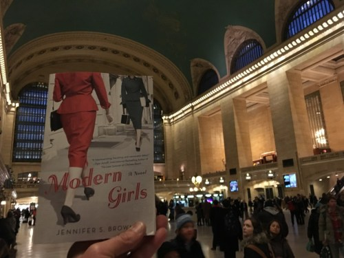 Modern Girls in Grand Central