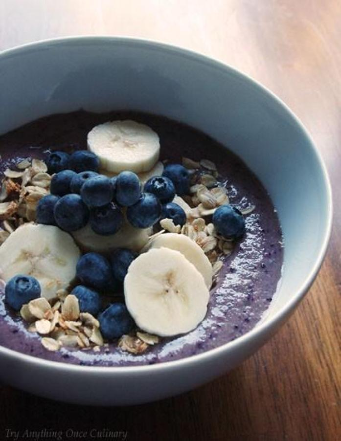 Blueberry Pomegranate Smoothie Bowl For Two