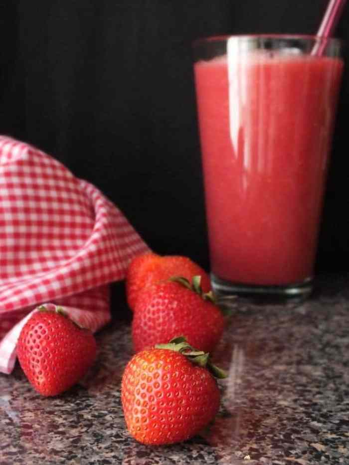 Heart-Healthy Red Smoothie