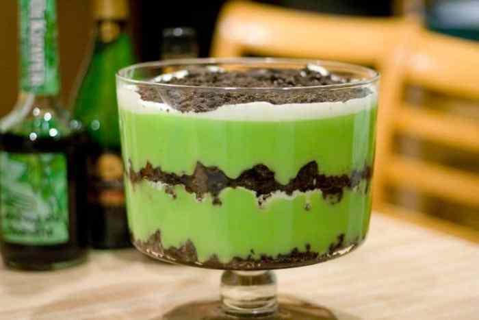 St Patrick's Day Lazy Grasshopper Dessert