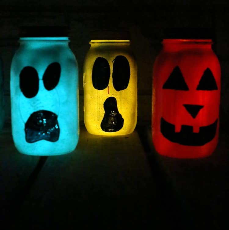 i like to apply a second coat just to make sure everything is sealed in there good if you apply a second coat allow to dry - How To Make Halloween Lanterns