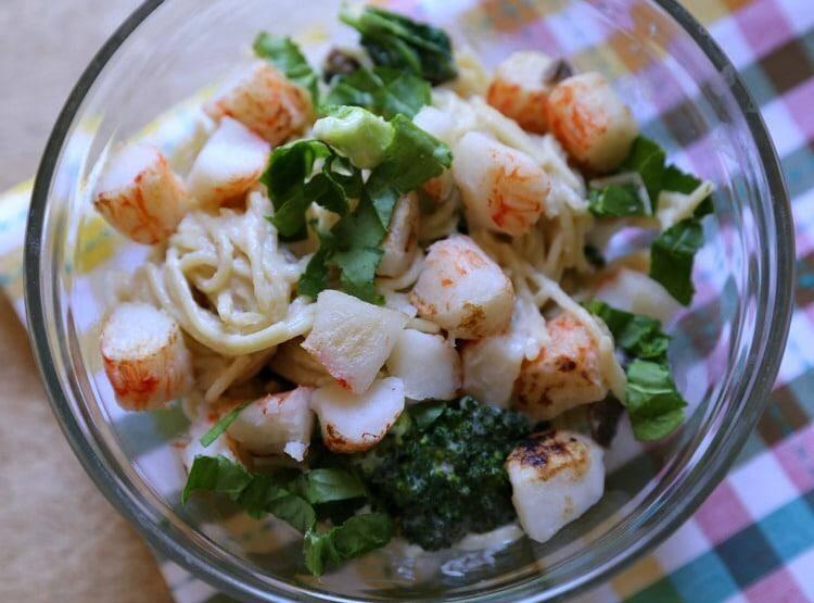 Alaska King Crab Spinach & Broccoli Alfredo