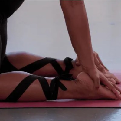 Breaking Body Shaming Barriers with Yoga