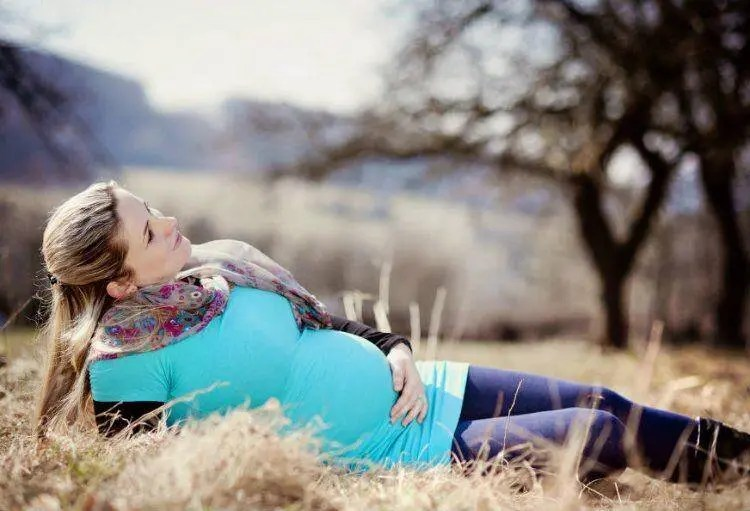 Tips to Help New and Expecting Moms Stay Healthy