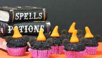 Minnie Witch Cupcakes