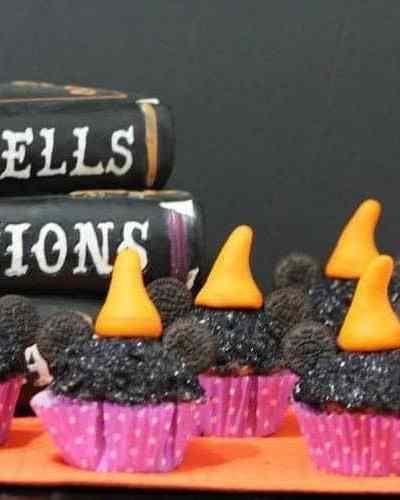 Minnie Witch Cupcakes